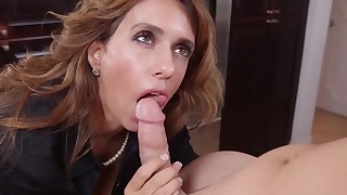 Rough threesome show with a mom and her daughter